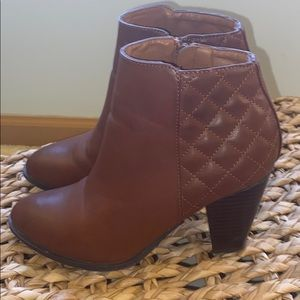 Size 7.5 CHARLOTTE RUSSE Bootie Short Boot